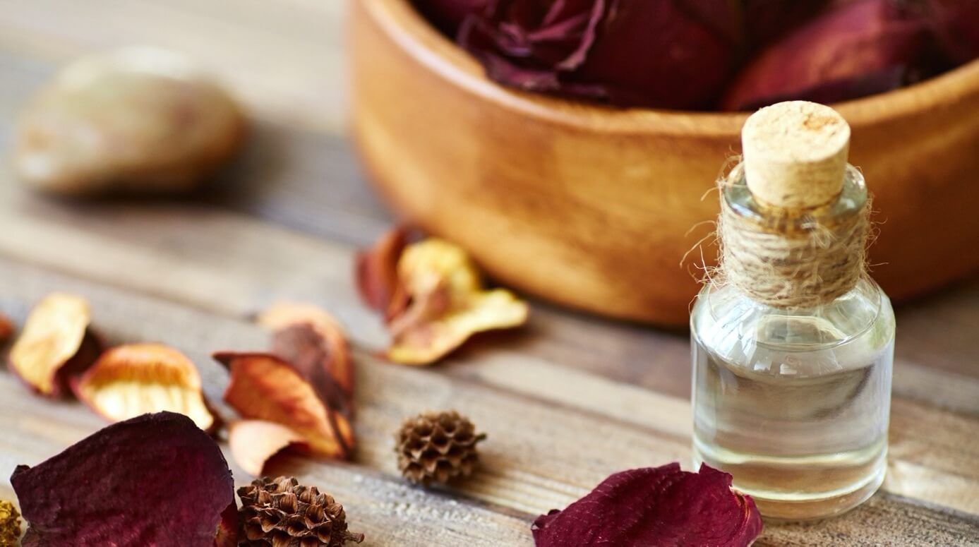 gül aromaterapi uçucu yağ