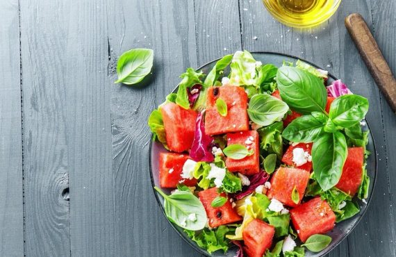 Hafifleten sağlıklı salatalar hakkında her şey